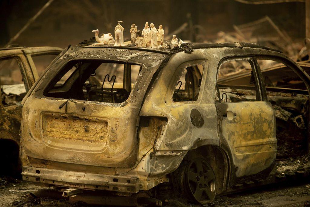 FOTO:Najsmrtonosnejši požar v Kaliforniji terjal več kot 40 življenj