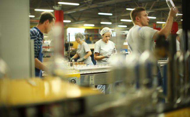 Proizvodnja v Steklarni Hrastnik. FOTO: Jure Eržen/Delo