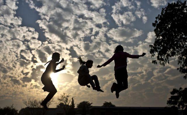 Večina mladih razmišlja, da je bistvo življenja to, za kar se nam zdi vredno živeti in v čemer uživamo. FOTO: AP