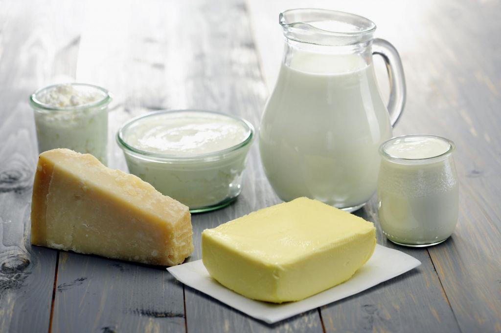 Maščoba da mleku poln okus, a doda tudi kalorije