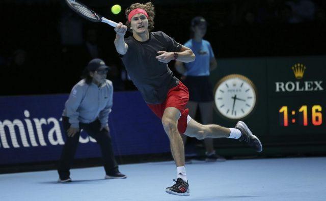 Aleksander Zverev je lani debitiral na mastersu, letos pa se že prebil iz skupine. FOTO: AP