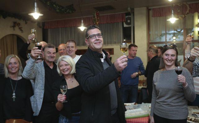Aleš Bržan gre v drugi krog z Borisom Popovićem. FOTO: Jože Suhadolnik/Delo