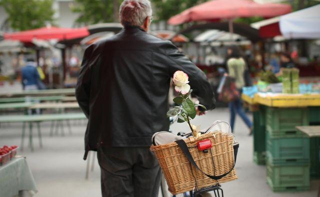 Najmlajši slovenski moški živijo v osrednjem delu države, kjer je povprečna starost 40,3 leta, najstarejši v Pomurju (43,4 leta). FOTO: Jure Eržen