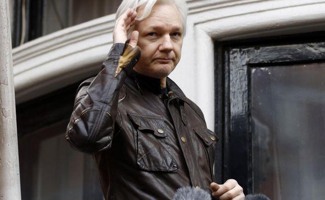 Assange je sicer pred mesecem dni vložil tožbo proti ekvadorski vladi zaradi kršenja temeljnih pravic in omejevanja dostopa do zunanjega sveta. FOTO: Frank Augstein/AP