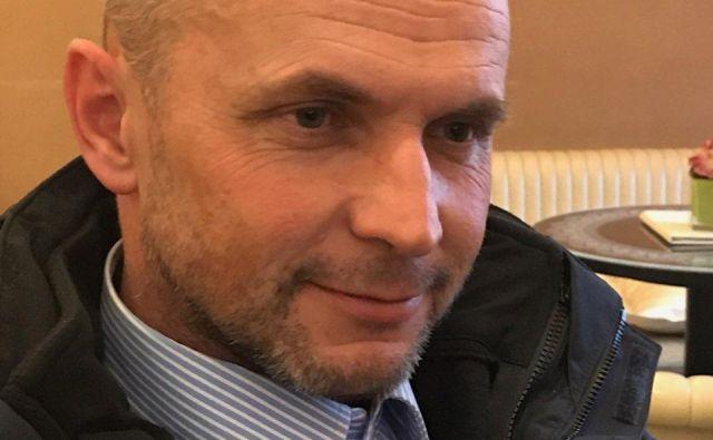 Neodvisni trboveljski svetnik Iztok Hribovšek poziva županjo Jasno Gabrič, naj vsaj javnosti pojasni, kaj se dogaja na Cerozu. Foto Polona Malovrh