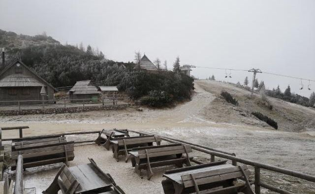 Velika Planina je dočakala prvi sneg. FOTO: Velika Planina D.O.O.