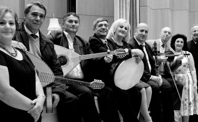 Saz'iso, mednarodno priznana albanska zasedba.<br /> FOTO: Andrea Goertler
