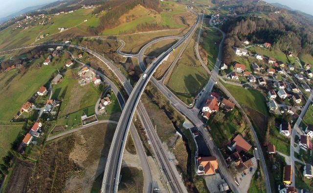 Na referendumu leta 2008 so se državljani odločili za 13 pokrajin, danes nimamo še nobene. Foto Leon Vidic/Delo