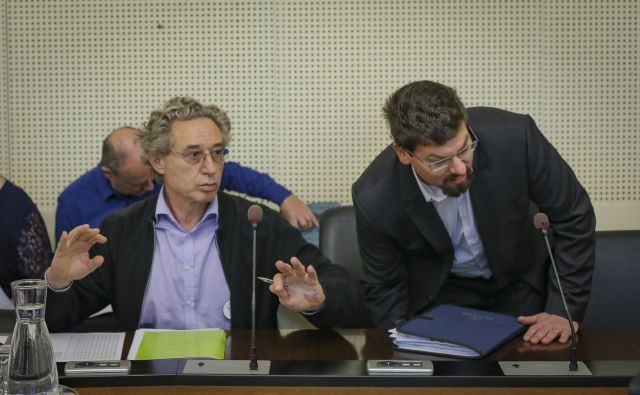 Ali bo vsebina stavkovnih sporazumov zaživela v praksi, je odvisno predvsem od odločitve koordinacije stavkovnih odborov, ki jo vodi Jakob Počivavšek (desno).