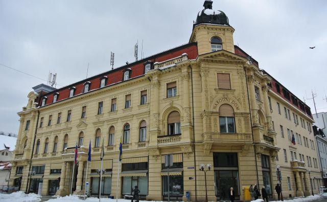 Narodni dom, sedež občinske uprave in mestnega sveta v Celju. FOTO: Brane Piano