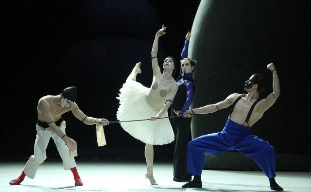 Prizor iz plesne predstave<em> </em><em>Petruška</em> Foto arhiv Bolšoj teatra