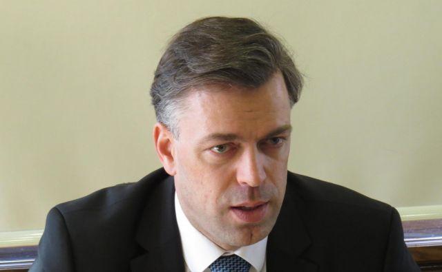 Gregor Macedoni zanika vpletenost v sporno javno naročanje. Foto Bojan Rajšek