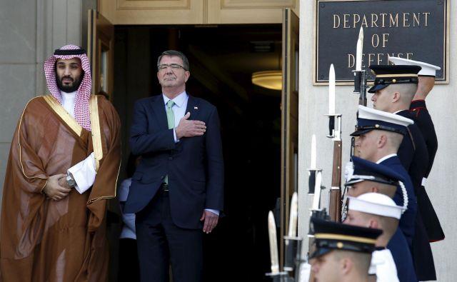 Savdska Arabija je pomembna zaveznica in trgovinska partnerica Združenih držav Amerike, ki vsako leto porabi stotine milijonov dolarjev za nakup orožja in druge vojaške opreme. FOTO: Reuters