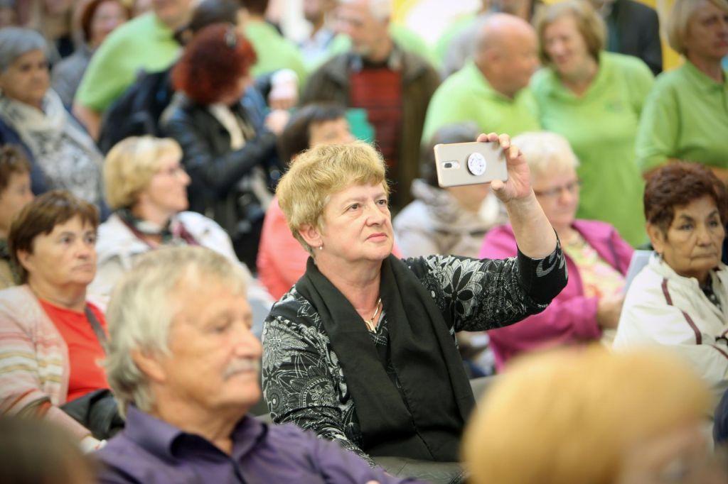 Dodatki za pokojnine se višajo