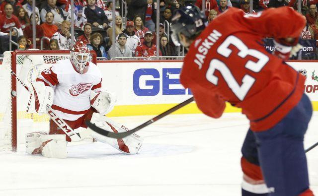Hokejisti Washingtona sezone niso začeli najbolj prepričljivo, a so vseeno uspeli premagati Detroit. FOTO: Reuters
