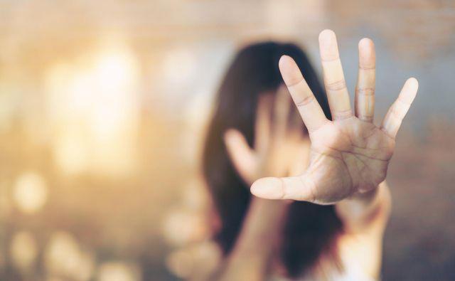 Združeni narodi so ustanovili mednarodni dan nasilja nad ženskami leta 1999. FOTO: Shutterstock