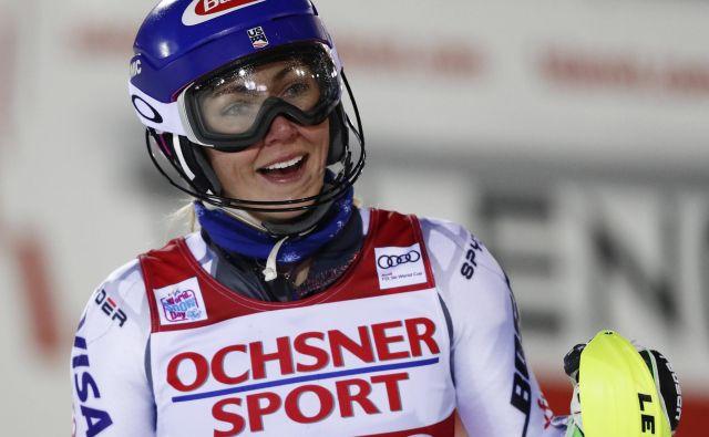 Simpatična Mikaela Shiffrin si je oddahnila, ko je zagledala številko ena. FOTO: AP