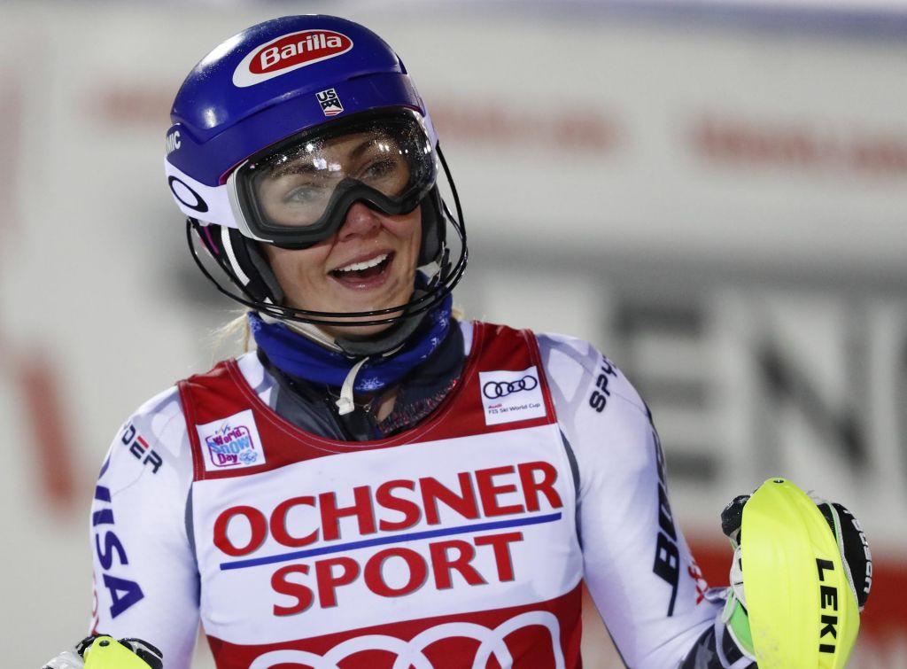 Slalom (Ž): Shiffrinova navdušila gledalce, razočaranje za Slovenke