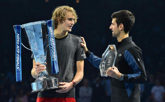 Prvi in četrti lopar sveta, Novak Đoković in Alexander Zverev. FOTO: Glyn Kirk/AFP