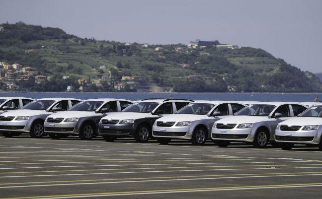Pretovor avtomobilov je za Luko Koper pomembna dejavnost. Foto Jože Suhadolnik