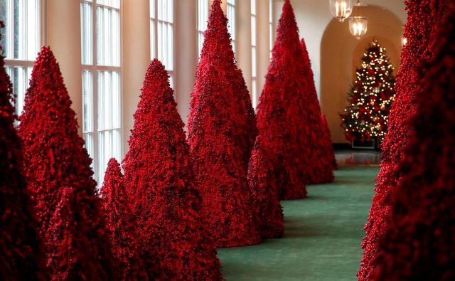 Drevesa iz rdečega jagodičevja. FOTO: Leah Millis/Reuters