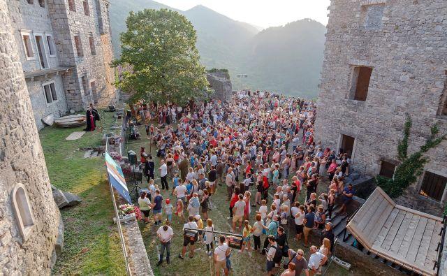 Grajska vrata je letos prestopilo več kot 4000 obiskovalcev. Foto David Verlič