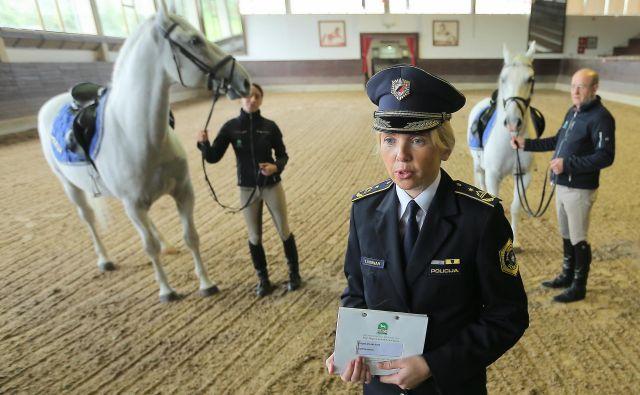 Tatjana Bobnar bo verjetno še pred iztekom tega leta oblekla uniformo, ki pripada najvišjemu v policiji. FOTO Jože Suhadolnik