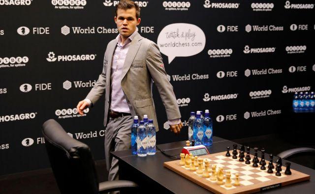 Čeprav Magnus Carlsen zaradi svoje težavne narave ni več najbolj priljubljen, je nesporno prvi šahist sveta. FOTO: AFP