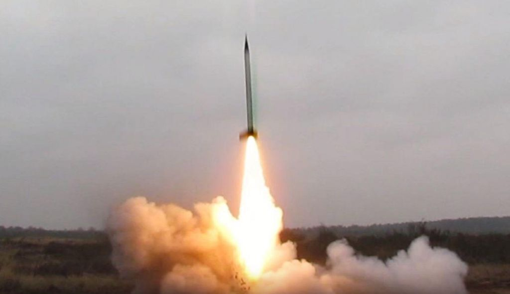 Uspešna izstrelitev slovenske rakete (VIDEO)
