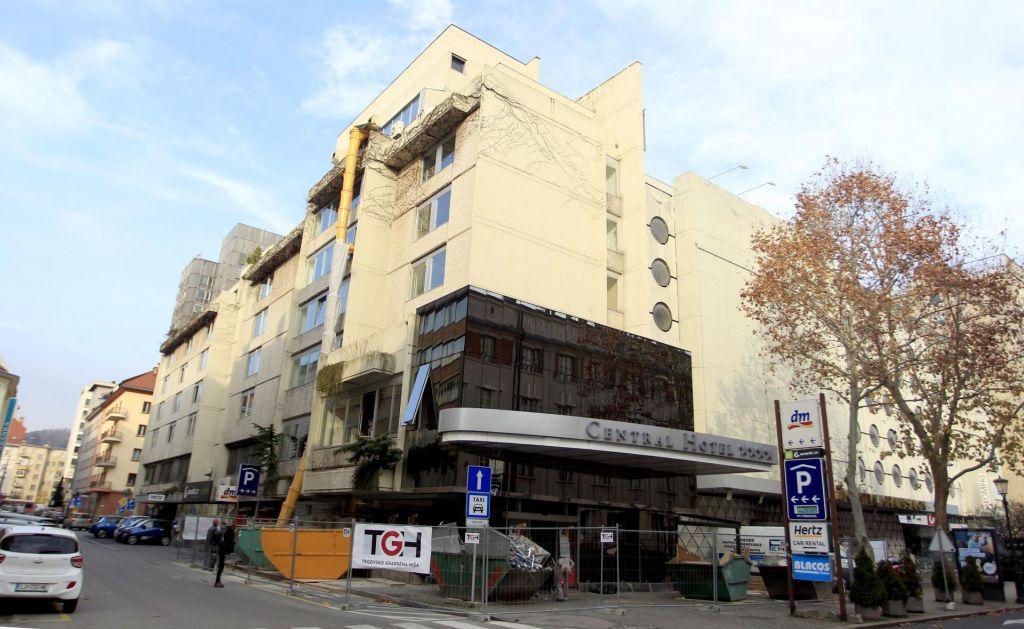 FOTO:Novost v Ljubljani: S pametnim telefonom do hotelske sobe
