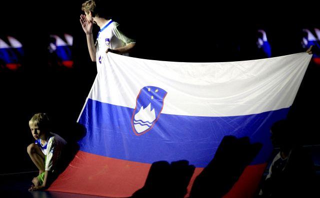 Slovenska zastava,Ljubljana Slovenija 06.11.2017 [Slovenija,zastava] Foto Roman �ipić/delo