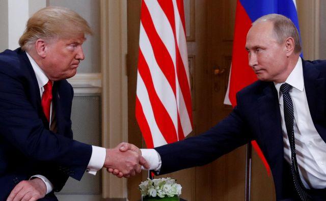 Srečanje obeh voditeljev je Trump sicerpod vprašaj postavil že v sredo. FOTO: Kevin Lamarque/Reuters