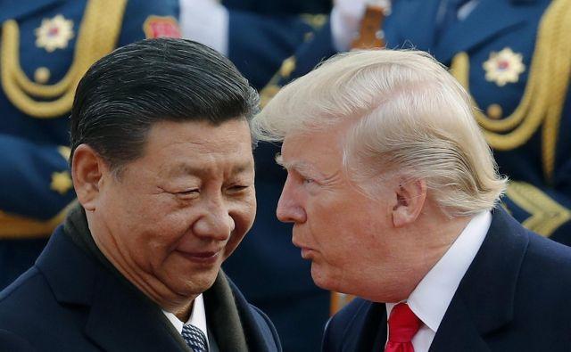 Nihče ne pričakuje tega, da bi skupna večerja Donalda Trumpa in Xi Jinpinga lahko pripomogla h koncu trgovinske vojne. FOTO: Andy Wong/AP
