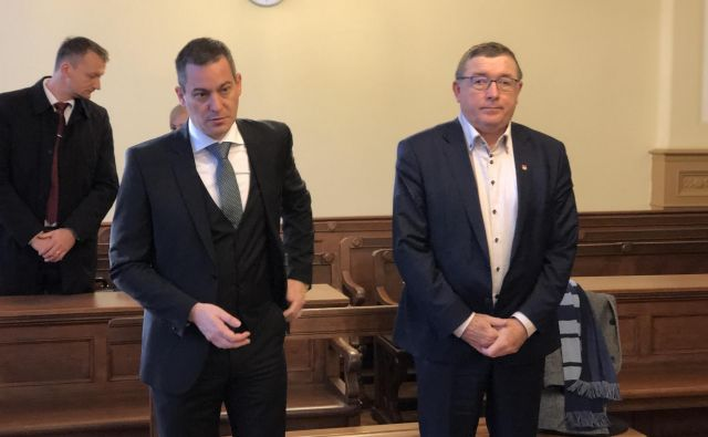 Andrej Fištravec (desno) in Marko Žula očitke tožilstva zavračata. FOTO: Jaka Maučec, Mariborinfo