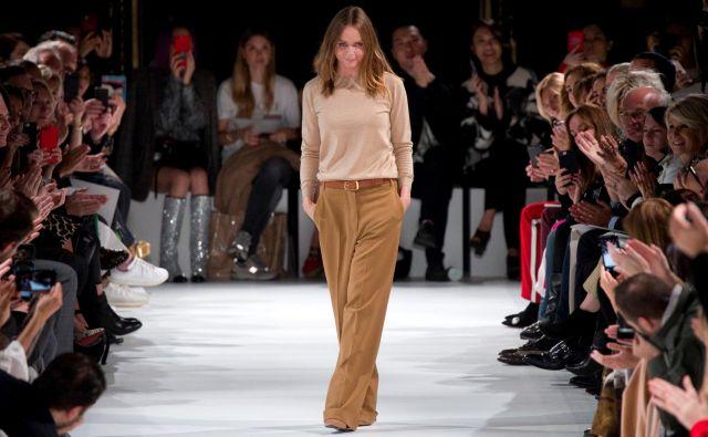 Stella McCartney si že dolgo prizadeva, da bi blagovne znamke v modni industriji sprejele zaveze za varovanje narave. FOTO: Reuters/Charles Platiau