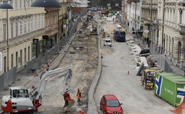 Med večjimi deli, ki jih je letos izvedel KPL v prestolnici, je bila tudi prenova Gosposvetske ceste. Foto Blaž Samec
