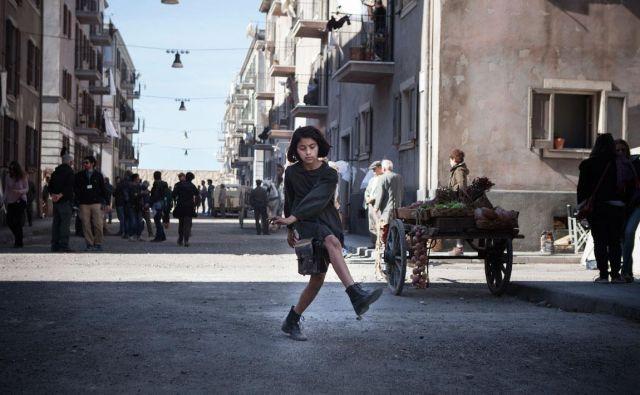 Mala Lila na neapeljskih ulicah, polnih dramatičnega življenja FOTO: HBO