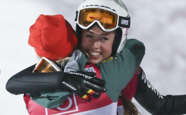 Juliane Seyfarth se je rezveselila svoje prve zmage v svetovnem pokalu. FOTO: AP