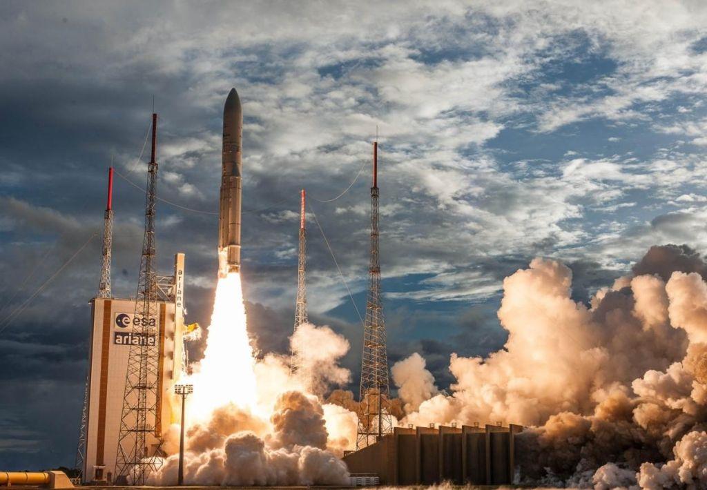 Slovenija gre v orbito med junijem in septembrom