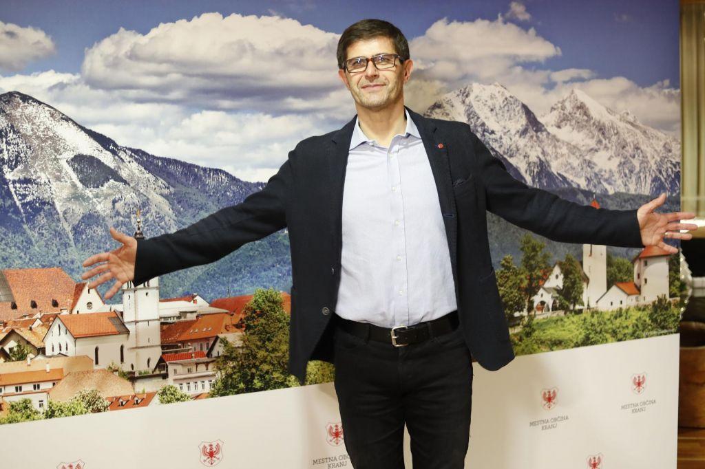 FOTO:Izenačeni boji gorenjskih županov