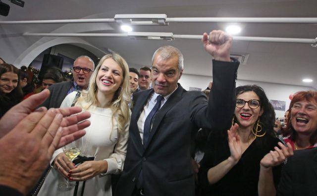 Zmagovalec lokalnih volitev v Mestni občini Maribor je Saša Arsenovič. FOTO: Tadej Regent/Delo