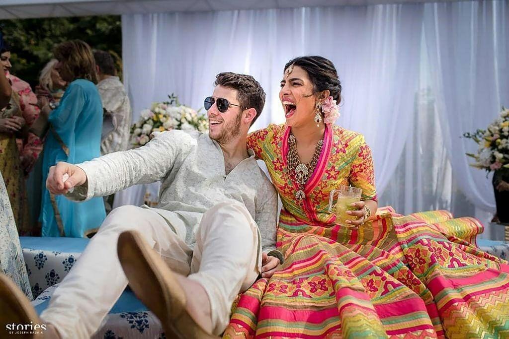FOTO:Indijska poroka leta Priyanke Chopre in Nicka Jonasa