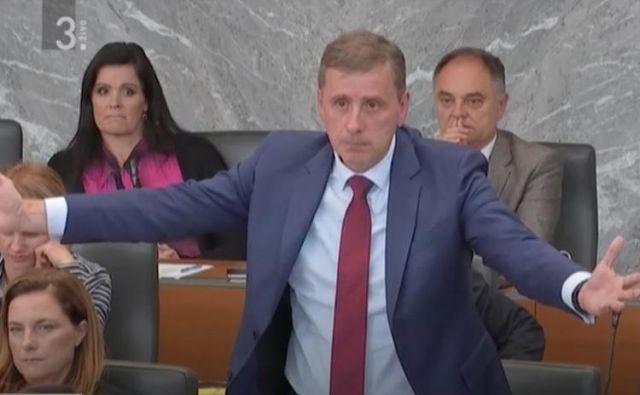 Jani Möderndorfer bi rad vodil novo parlamentarno preiskovalno komisijo, a v SD niso prepričani, da je prava izbira za to. Foto RTV Slovenija