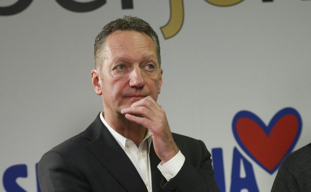 Boris Popović v volilnem štabu KJN 2.12.2018 Foto Jože Suhadolnik