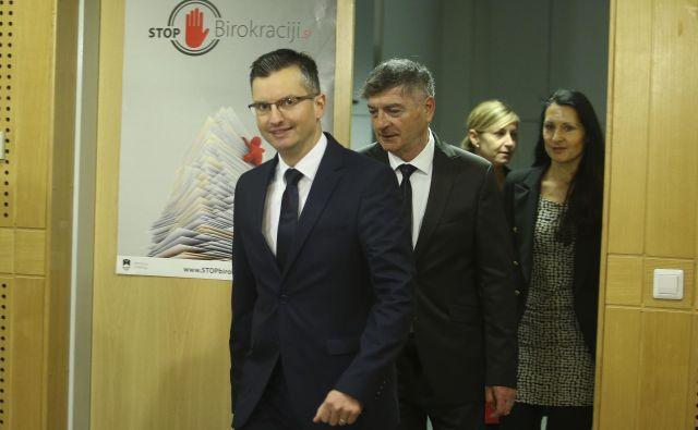 Premier meni, da danes ni čas za evforijo, vendar je doseženega kompromisa s sindikati vesel. FOTO: Jože Suhadolnik/Delo