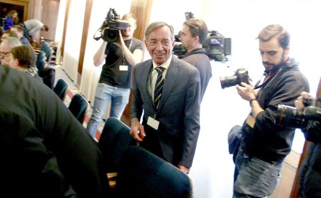 Iztok Purič, kandidat za ministra za kohezijo, je prestal zaslišanje pred pristojnima odboroma. Gospodarski odbor ga je podprl z osmimi glasovi za in tremi proti. Odbor za zadeve EU pa ga je podprl z somimi glasovi za in štirimi proti. FOTO: Roman �Šipić/Delo