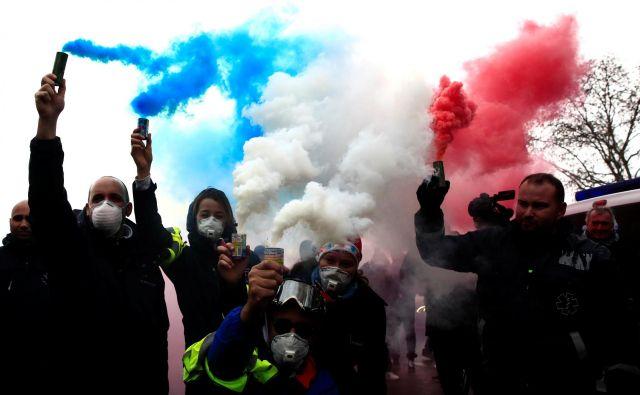Protesti so doslej v dveh tednih zahtevali štiri življenja. FOTO: Gonzalo Fuentes/Reuters