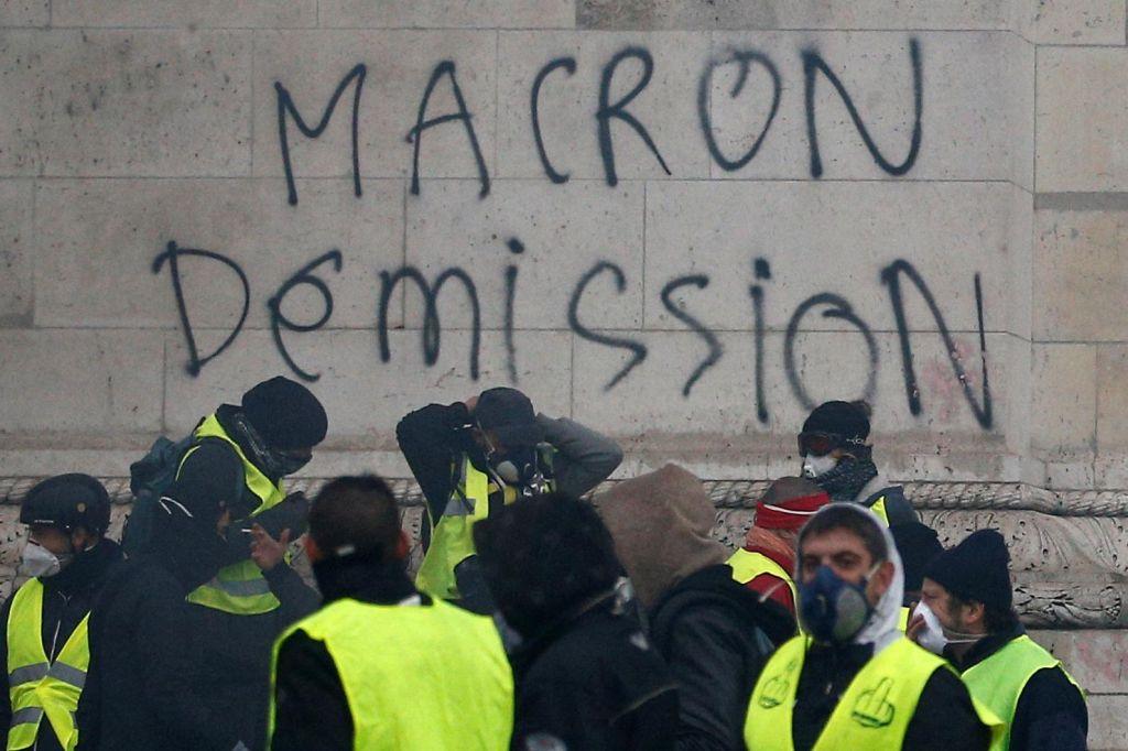 FOTO:Macronizem ne ruši socialne države