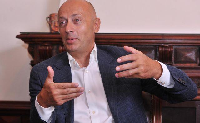Srbski poslovnež Miodrag Kostić je s svojimi potezami vznemiril politiko. Foto Aleksandar Dimitrijevic Nin