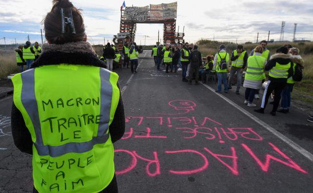 Rumeni jopiči so postali simbol novembrskih protestov v Franciji. FOTO: Pascal Guyot/Afp